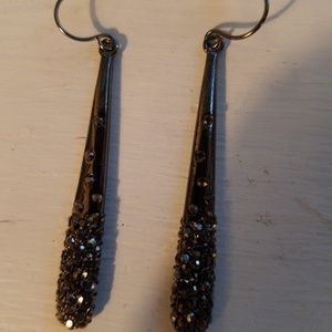 Kenneth Cole shiny charcoal color long teardrop ea